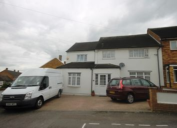 Thumbnail 6 bed detached house to rent in Penzance Gardens, Romford