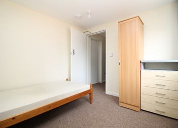 Room to rent in Selby Court, Scunthorpe DN17