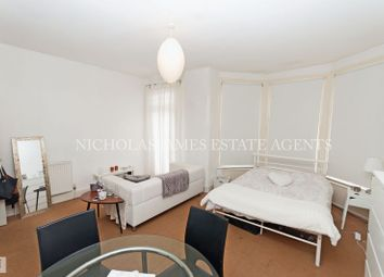 Thumbnail Property to rent in Woodside Road, Wood Green, London