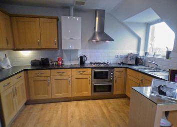 Thumbnail 2 bed flat to rent in Elland Close, New Barnet, Barnet