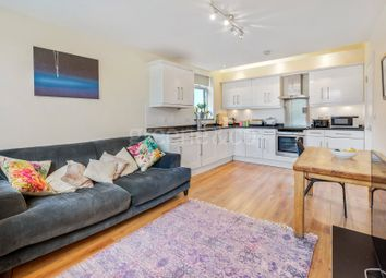 Thumbnail 2 bedroom flat for sale in Queens Lane, Muswell Hill, London