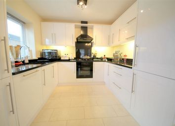 Thumbnail 2 bed maisonette to rent in 148 Gordon Hill, Enfield, Greater London