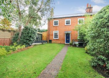 London Road, Twyford, Reading RG10. 3 bed cottage for sale