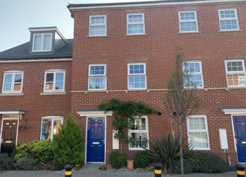 Clover Rise, Woodley, Reading RG5. 4 bed terraced house