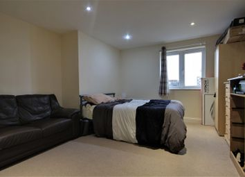 Thumbnail 2 bed flat to rent in The Picture House, Cheapside, Reading