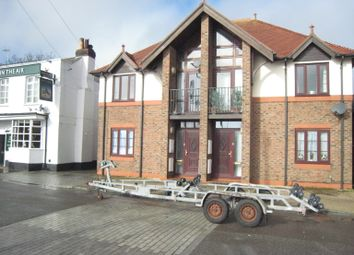 Thumbnail 1 bed flat to rent in Old Gosport Road, Fareham