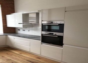 Thumbnail 1 bed property to rent in Queens Row, London
