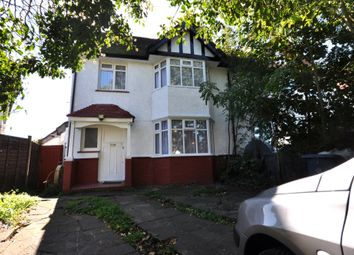 Thumbnail Studio to rent in Whitchurch Lane, Edgware, Middlesex