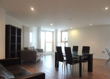 Thumbnail 3 bed flat to rent in Borough Road, London