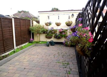 1 bed flat to rent in Lancaster Drive, Hornchurch RM12