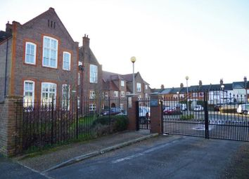 Thumbnail 1 bed flat for sale in College Yard, North Watford