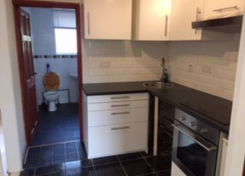 Thumbnail 2 bedroom flat to rent in North Street, Romford
