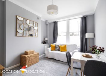 2 bed maisonette for sale in Albion Road, London N16