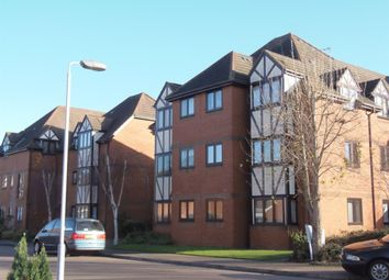 Thumbnail 1 bedroom flat to rent in Leafield, Luton, Bedfordshire