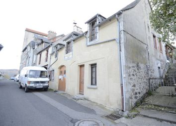 Thumbnail 3 bed town house for sale in Auvergne, Cantal, Riom Es Montagnes