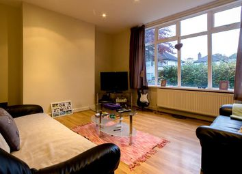 Thumbnail 5 bed property to rent in Langdale Avenue, Headingley, Leeds