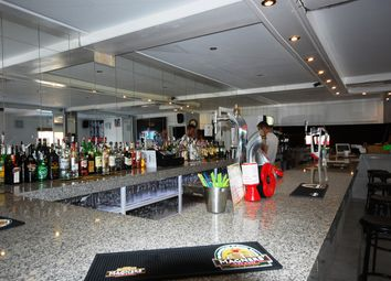 Thumbnail Pub/bar for sale in Alicante, La Marina Urbanization, Costa Blanca South, Spain
