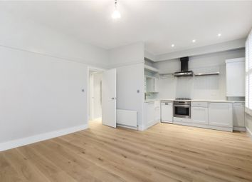Thumbnail 1 bed flat to rent in Blenheim Crescent, Holland Park, London