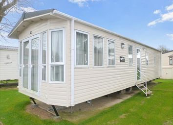 Thumbnail 2 bedroom mobile/park home for sale in Reach Road, St. Margarets-At-Cliffe, Dover, Kent