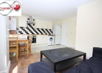 Thumbnail 4 bed flat to rent in Julian Place, Docklands, London