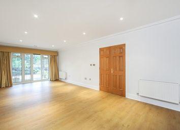 Thumbnail 2 bedroom flat to rent in Churchfields Avenue, Weybridge