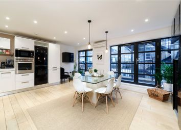 Thumbnail 2 bed flat for sale in Hatton Place, Clerkenwell