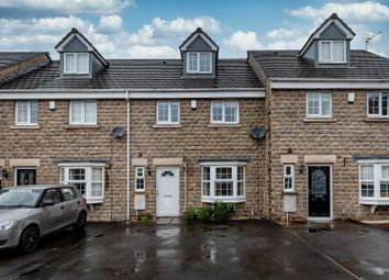 4 bed town house for sale in The Oaks, Huddersfield HD3