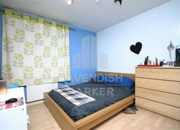 Thumbnail 2 bed flat to rent in Arden Estate, Hoxton, London