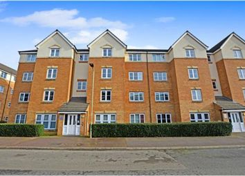 2 bed flat for sale in Crowe Road, Bedford MK40
