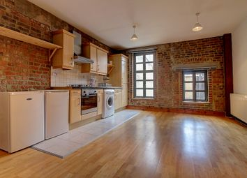 Thumbnail 2 bed flat to rent in Chicksand Street, Aldgate/Shoreditch