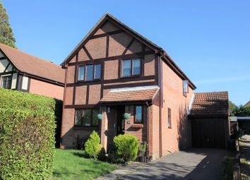 Thumbnail 4 bed detached house for sale in Abshot Road, Fareham