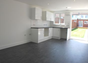 Thumbnail Bungalow to rent in Laburnum Road, Hayes, Middlesex