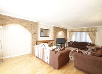 Thumbnail 5 bed detached house to rent in Hendon Avenue, London
