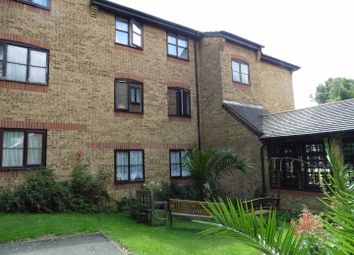 Thumbnail 2 bed flat to rent in Wyvern House, Bridge Road, Grays