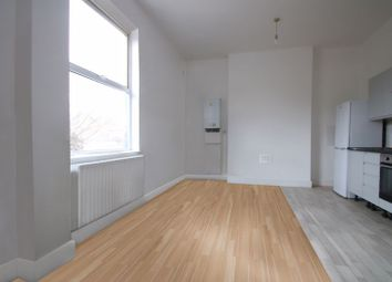 Thumbnail 2 bed property to rent in Lower Clapton Road, London