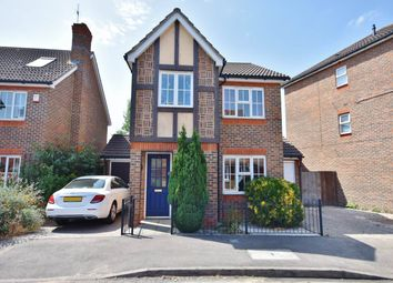 Thumbnail 3 bed property to rent in Dart Drive, Didcot, Oxfordshire