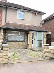 Thumbnail 6 bed detached house to rent in Vincent Road, Dagenham, Essex