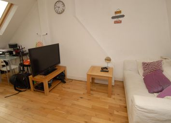 Thumbnail 1 bed flat to rent in Merton Road, Southfields, London