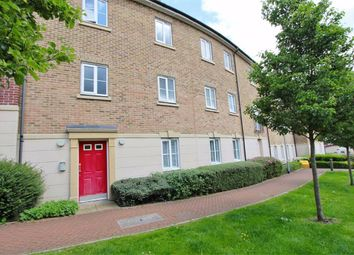 Thumbnail 1 bed flat to rent in College Close, Loughton, Essex