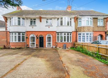 Thumbnail Terraced house for sale in The Avenue, Luton