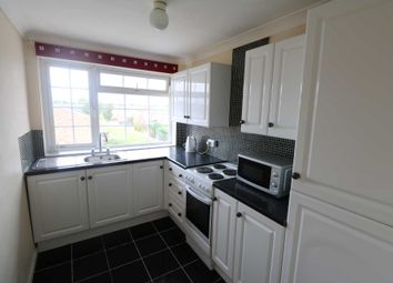 Thumbnail 1 bed flat to rent in Elvaston Way, Tilehurst, Reading