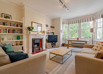 Mayford Road, London SW12. 2 bed flat