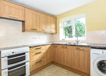 2 bed maisonette to rent in Fennels Road, High Wycombe HP11