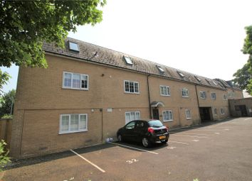 2 bed flat to rent in Chedworth House, Longwood Court, Cirencester GL7
