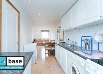 Thumbnail 1 bed flat to rent in Doric House, Mace Street, Bethnal Green