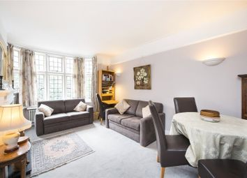 Queen Court, Queen Square, Bloomsbury, London WC1N. 2 bed flat