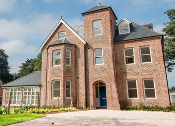 Thumbnail 1 bed flat to rent in Chestnut Mead, Winchester