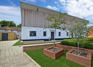 Thumbnail 2 bed maisonette for sale in Spring Vale, Dartford, Kent