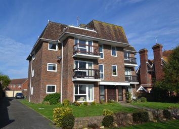 3 bed flat for sale in Park Avenue, Eastbourne BN22