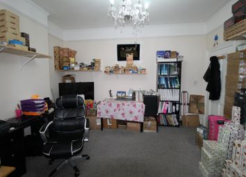 1 bed flat for sale in Felbrigge Road, Seven Kings, Essex IG3